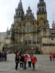 Study abroad students in front of Santiago de Compostela