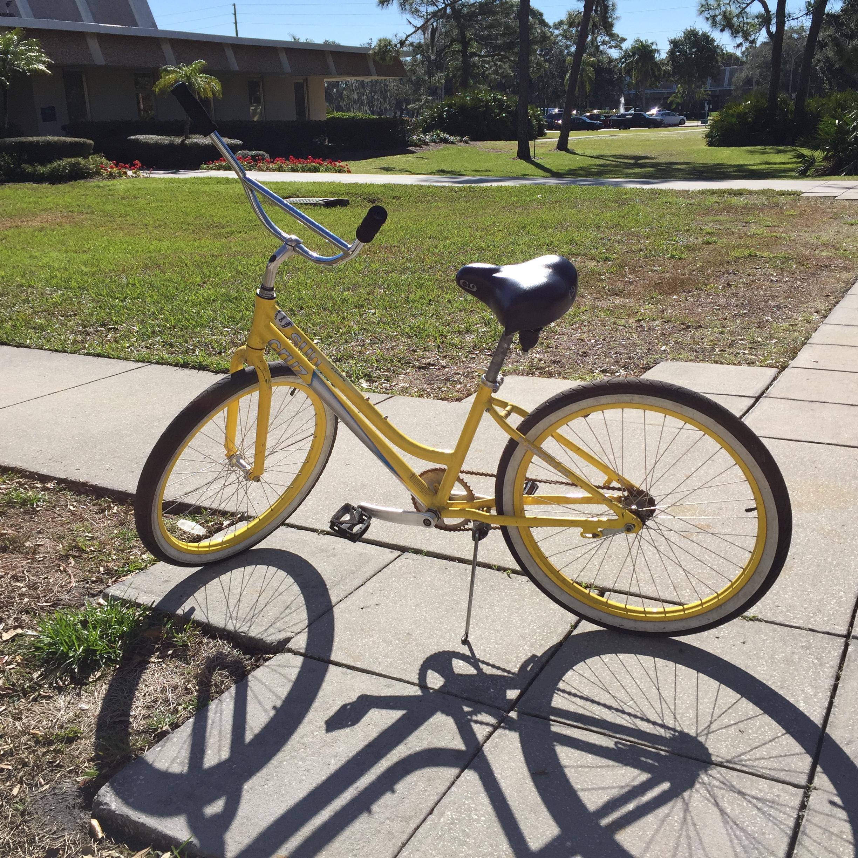 Eckerd College's Yellow Bike program